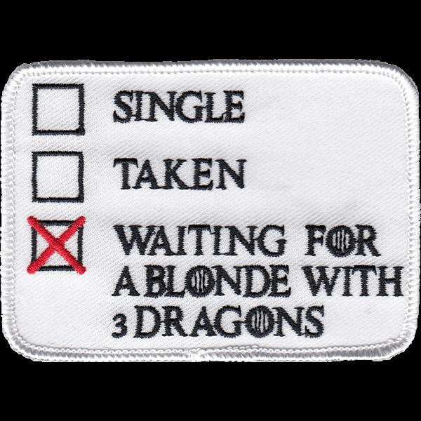 Blonde and 3 dragons - haalarimerkki